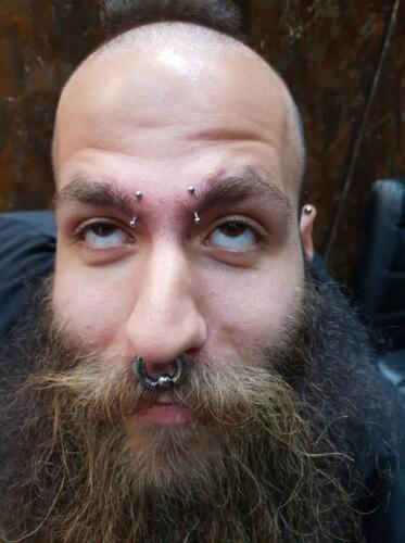 facial-piercing